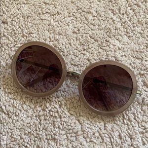 Round Tan Sunglasses 🕶